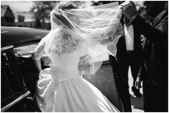 rochelle + cameron //  a warm + elegant wedding atwaldenwoods
